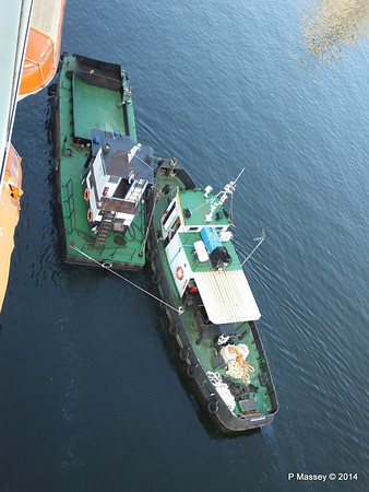 CAMILO tug LA HABANA waste disposal 10-02-2014 10-10-47