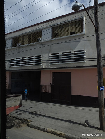 Port Exit Road Santiago de Cuba 06-02-2014 12-50-00