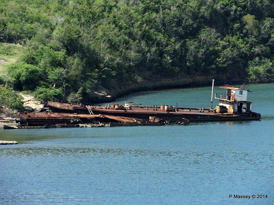 Wrecks W Bay of Santiago de Cuba maybe bunkering barges 06-02-2014 11-22-53