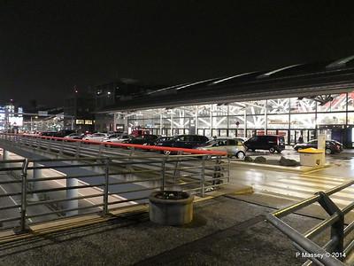 Hamburg Airport at night from Radisson Blu PDM 07-11-2014 22-31-014
