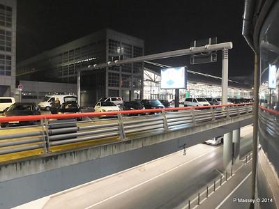 Hamburg Airport at night from Radisson Blu PDM 07-11-2014 22-31-004