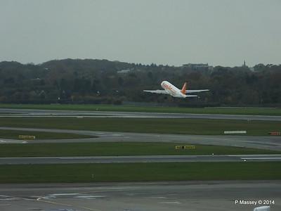 easyJet A319 G-EZJF HAM PDM 08-11-2014 11-32-035