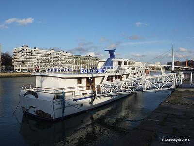 CAROLINE Closed Oyster Bar Bassin du Commerce Le Havre PDM 10-11-2014 16-46-54