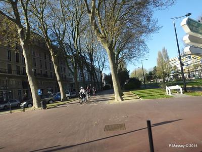 Le Havre through bus window PDM 10-11-2014 12-18-040