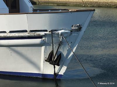 CAROLINE Closed Oyster Bar Bassin du Commerce Le Havre PDM 10-11-2014 16-45-44