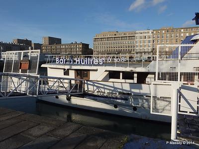 CAROLINE Closed Oyster Bar Bassin du Commerce Le Havre PDM 10-11-2014 16-46-23