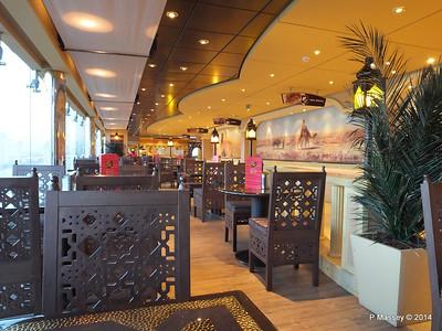 Sahara Buffet Deck 13 aft MSC MAGNIFICA PDM 10-11-2014 18-05-24