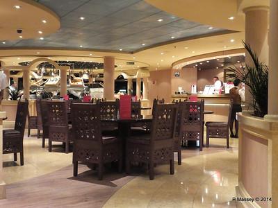 Sahara Buffet Deck 13 aft MSC MAGNIFICA PDM 10-11-2014 23-05-037