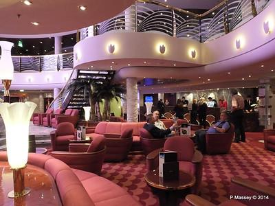 Le Gocce Bar Reception Atrium MSC MAGNIFICA PDM 09-11-2014 16-32-28