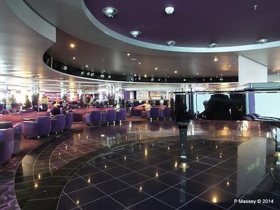 L'Ametista Lounge aft Deck 7 MSC MAGNIFICA PDM 09-11-2014 11-43-49