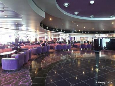 L'Ametista Lounge aft Deck 7 MSC MAGNIFICA PDM 09-11-2014 11-43-47