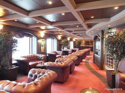 Cuba Lounge Cigar Room Deck 7 stb MSC MAGNIFICA PDM 09-11-2014 12-35-49