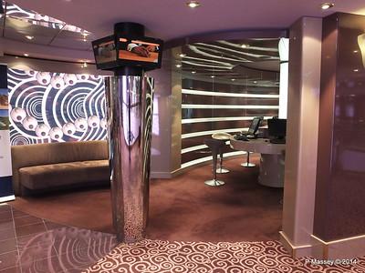 Cyber Cafe Deck 7 port MSC MAGNIFICA PDM 09-11-2014 12-33-12