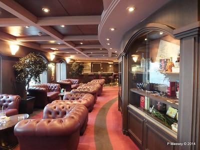Cuba Lounge Cigar Room MSC MAGNIFICA PDM 09-11-2014 16-15-36