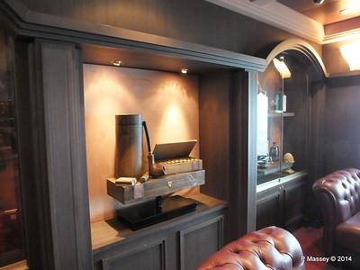 Cuba Lounge Cigar Room Deck 7 stb MSC MAGNIFICA PDM 09-11-2014 12-38-12