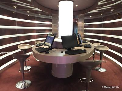 Cyber Cafe Deck 7 port MSC MAGNIFICA PDM 09-11-2014 12-33-22