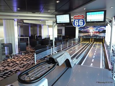 T 32 Disco Bowling Deck 14 aft MSC MAGNIFICA PDM 08-11-2014 14-41-19
