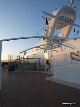 Mast Deck 16 fwd MSC MAGNIFICA PDM 08-11-2014 16-14-10
