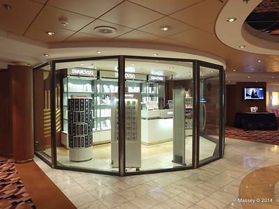 Via Condotti Shopping Aida deck 5 stb MSC OPERA PDM 06-10-2014 12-50-08