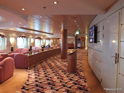 Seating Area port Aida Deck 5 MSC OPERA PDM 06-10-2014 12-50-47