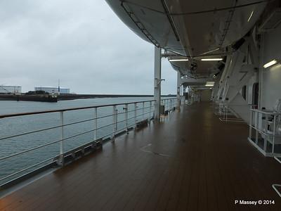 Port promenade Otello Deck 6 MSC OPERA PDM 06-10-2014 16-03-30