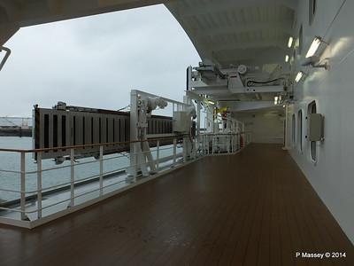 Port promenade Otello Deck 6 MSC OPERA PDM 06-10-2014 16-04-09