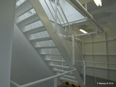 Fwd Deck 8 to 9 MSC OPERA PDM 06-10-2014 14-02-51