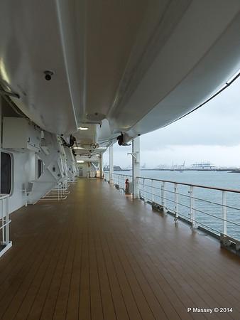 Port promenade Otello Deck 6 MSC OPERA PDM 06-10-2014 16-02-36