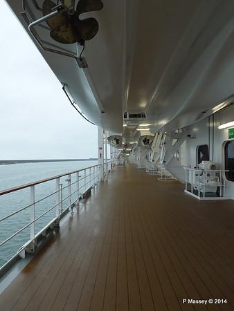 Port promenade Otello Deck 6 MSC OPERA PDM 06-10-2014 16-02-07