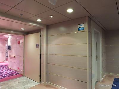 Stb Entrance Caruso Lounge Rigoletto Deck 7 MSC OPERA PDM 06-10-2014 18-21-36
