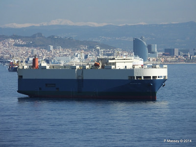 AQUARIUS ACE IMOLA EXPRESS behind Barcelona Roads PDM 06-04-2014 09-47-58