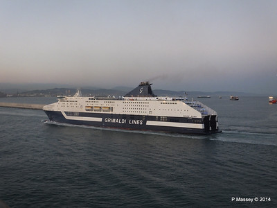 CRUISE ROMA Arriving Barcelona PDM 06-04-2014 18-28-27