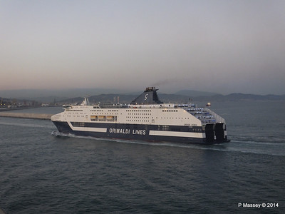 CRUISE ROMA Arriving Barcelona PDM 06-04-2014 18-28-33