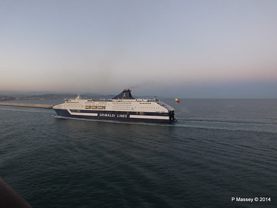 CRUISE ROMA Arriving Barcelona PDM 06-04-2014 18-28-24