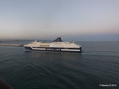 CRUISE ROMA Arriving Barcelona PDM 06-04-2014 18-28-21