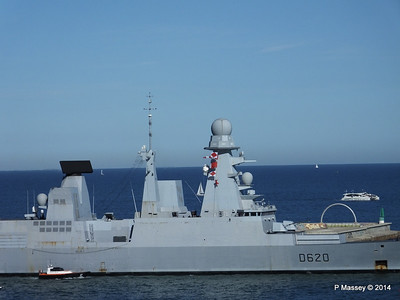 French Frigate FORBIN D620 Departing Barcelona PDM 06-04-2014 15-39-12