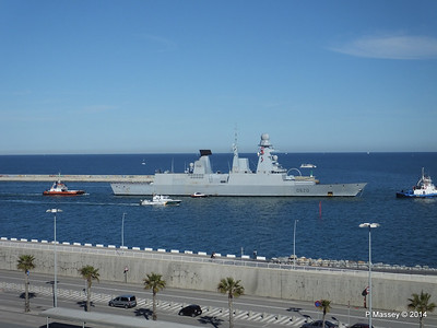 French Frigate FORBIN D620 Departing Barcelona PDM 06-04-2014 15-39-16