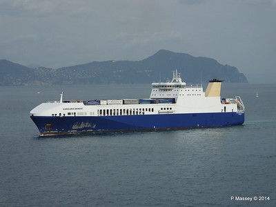 EUROCARGO BRINDISI Approaching Genoa PDM 05-04-2014 15-12-16