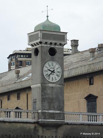Clock Villa Del Principe Genoa PDM 05-04-2014 07-42-11