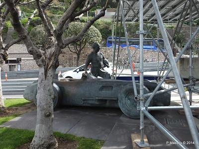 Juan Manuel Fangio Sculpture Monaco 07-04-2014 13-34-30