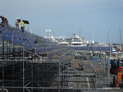 Grand Prix stand preparations obscure Port Hercule Monaco 07-04-2014 13-39-40