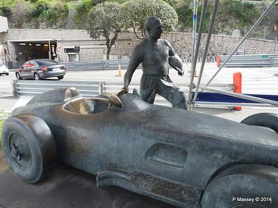 Juan Manuel Fangio Sculpture Monaco 07-04-2014 13-34-39