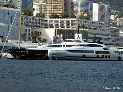 40 and BLUE SCORPION Port Hercule Monaco 07-04-2014 15-25-37