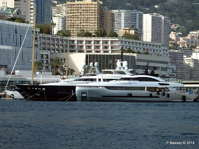 40 and BLUE SCORPION Port Hercule Monaco 07-04-2014 15-20-22