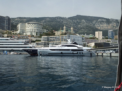 my 40 with Hotel de Paris & Monte Carlo Casino behind PDM 07-04-2014 12-52-002