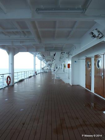 Starboard Promenade MSC SINFONIA PDM 06-04-2014 08-36-44