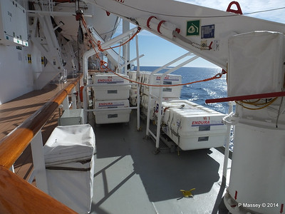 Port Promenade MSC SINFONIA PDM 06-04-2014 08-33-01