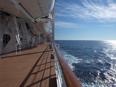 Port Promenade MSC SINFONIA PDM 06-04-2014 08-33-43