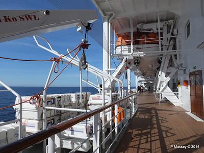 Port Promenade MSC SINFONIA PDM 06-04-2014 08-34-09