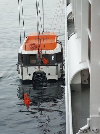 Raising Tender 8 Port side MSC SINFONIA PDM 07-04-2014 16-32-34